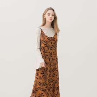 歐美樹葉復古芥黃連身吊帶裙