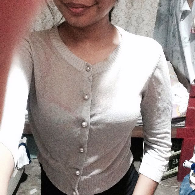 3/4 Gray Cover Up Or Blouse ☺️