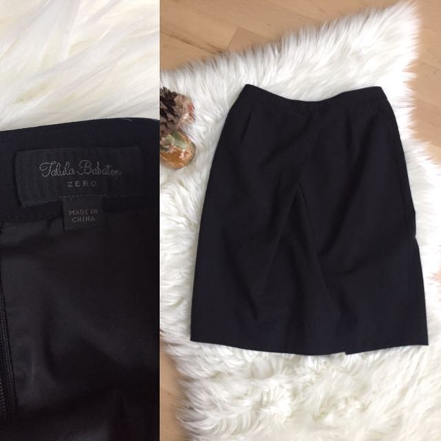 Aritzia T. Babaton Skirt Sz 0