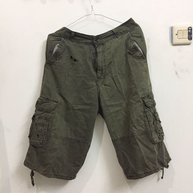 Army Green Bermuda Shorts (Celana Pendek Army)