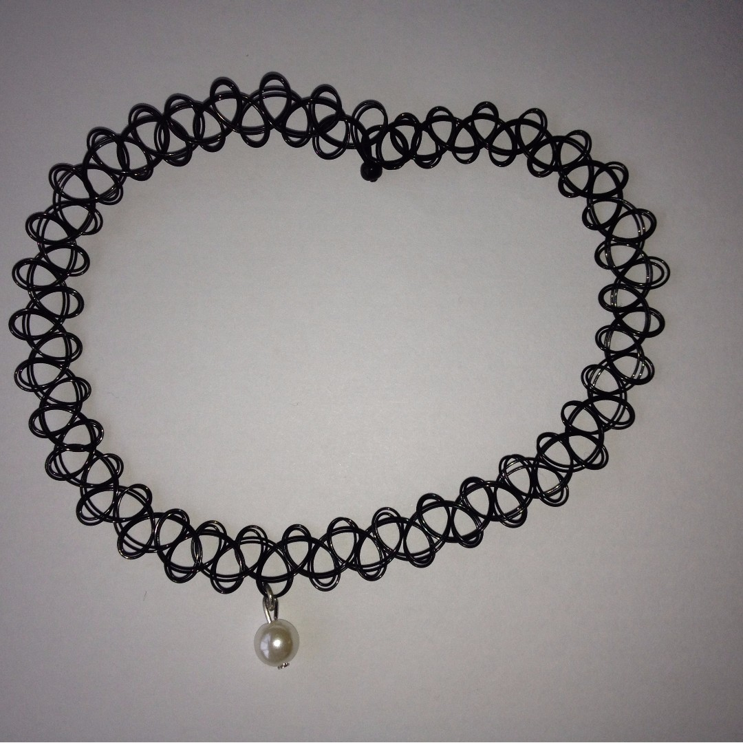 Black Choker with Pearl