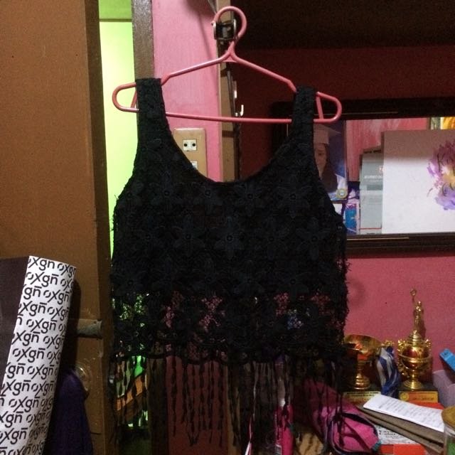 BLACK COCHELLA TOP