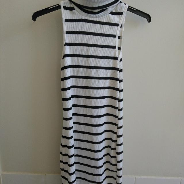 Black White Stripe Turtle Neck Dress