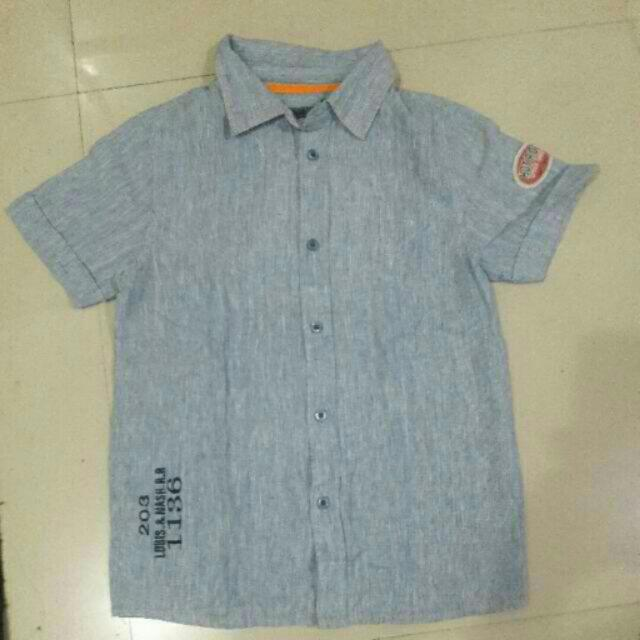 BNWOT POSH SHORT SLEEVES POLO(9/10Y)