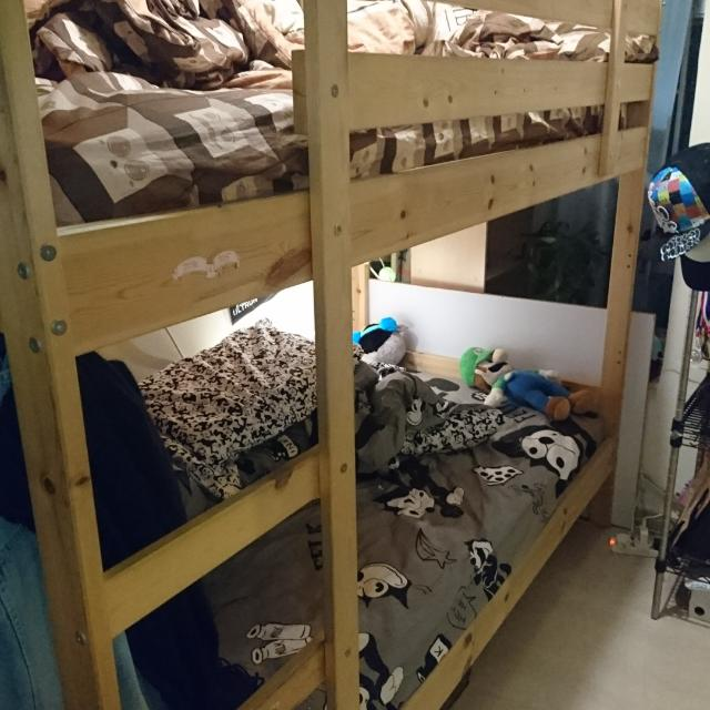 "Bunk bed with seahorae mattress 3"" x 6"" -"