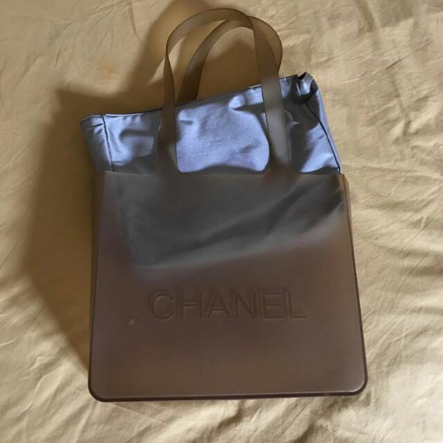 Chanel Transparant