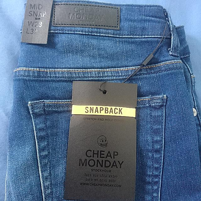 cheap Monday jeans mid snap w28 brand-new