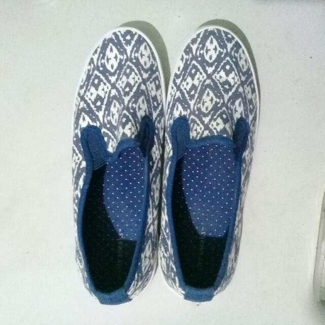 City Sneaks Ladies Slip On Shoes