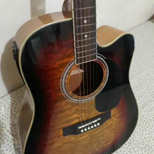 Fernando Wsce F001 Acoustic Guitar With Equalizer And Tuner Music Media Music Instruments On Carousell