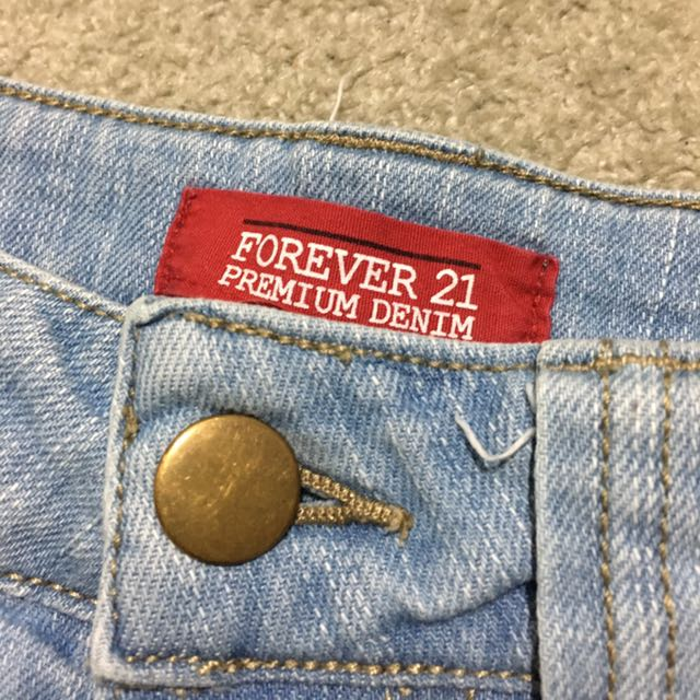 Forever 21 Denim Shorts Size 8