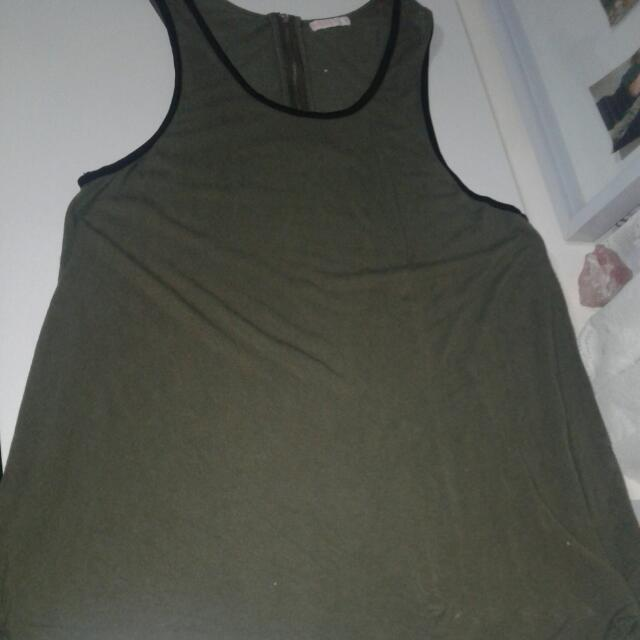 Green Top Size Up Back