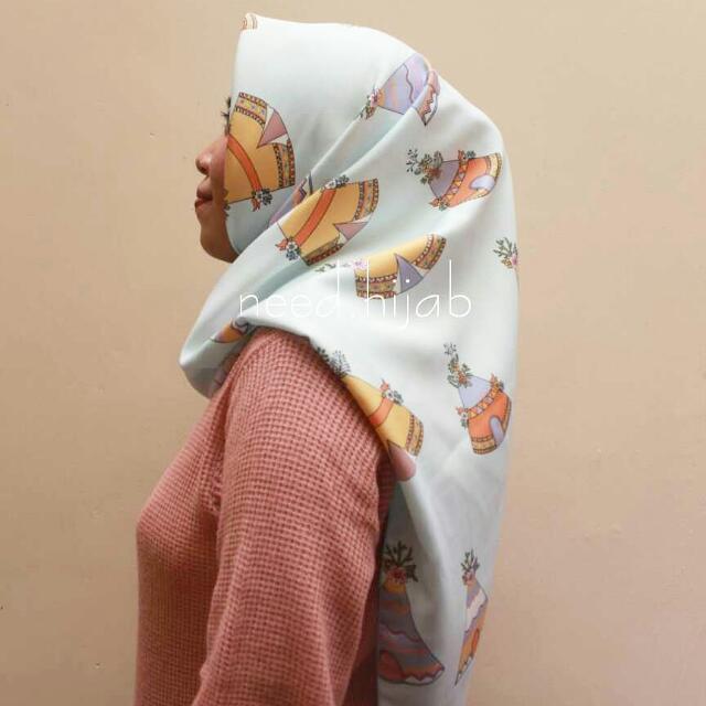 Hijab Motif Square Etnik Bahan Ballotelli Premium