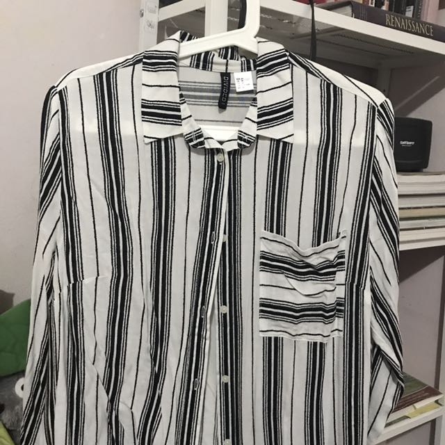 H&M Divided Long Sleeve Shirt