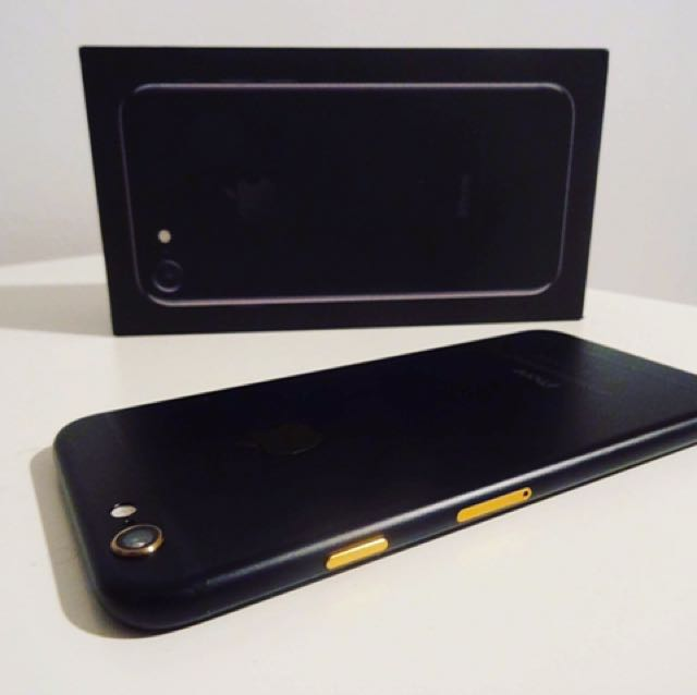 Iphone 6- Custom Matte Black & Gold- 16GB