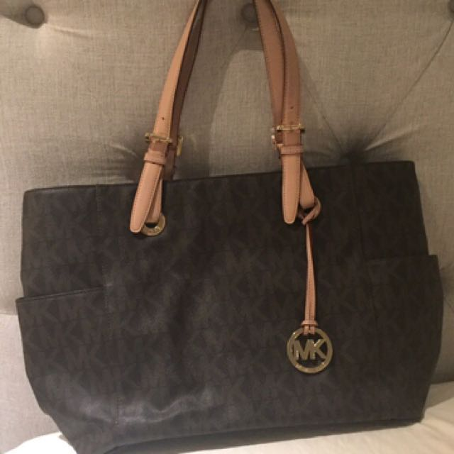Monogramed Large Michael Kors Tote Bag