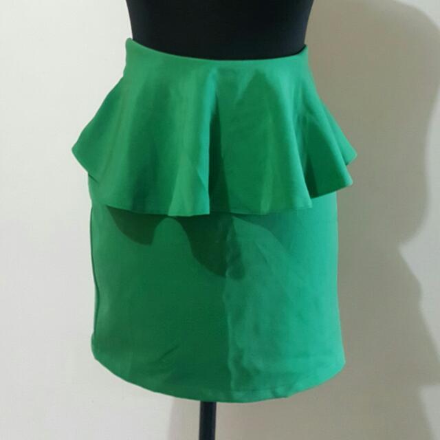 Mutya's Gracias Peploom Skirt