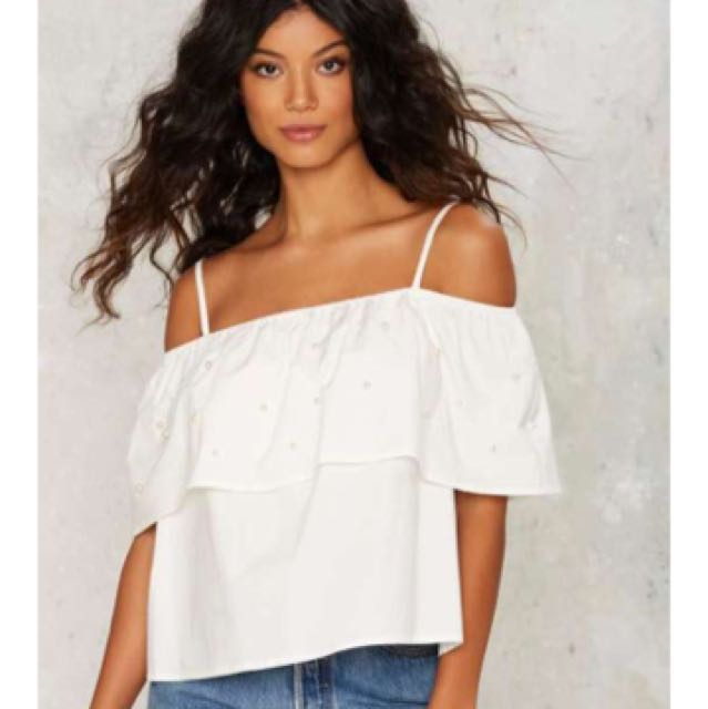 Nasty Gal Pearl Your Instructions Cold Shoulder Top