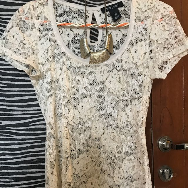 Preloved Lace Blouse