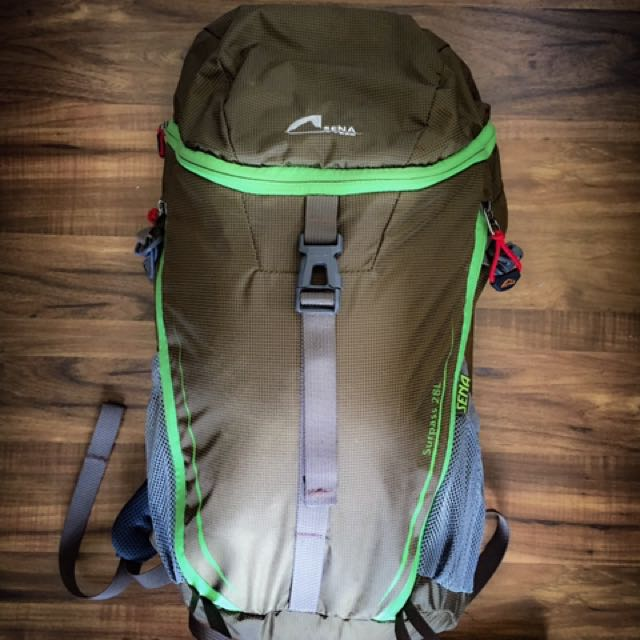 Pre-loved Sena Surpass 28L Outdoor Backpack