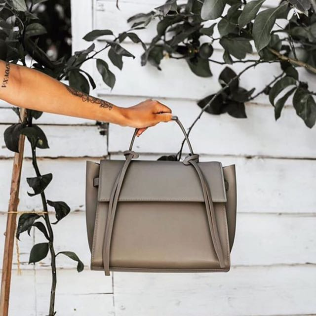 RRP$686 Brand New 100% Leather Grey Bank Bag