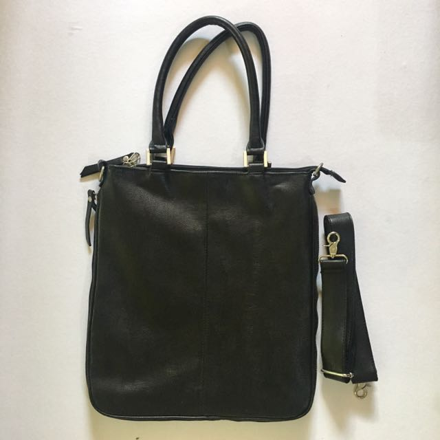 SALVATORE MANN Black Shoulder Bag