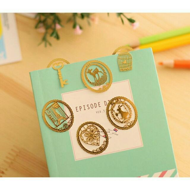 SET OF 3 Kawaii Mini Metal Bookmark Clip