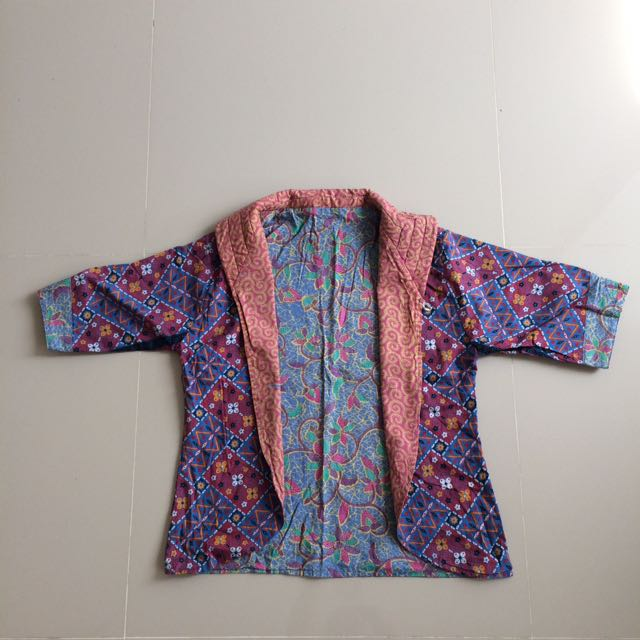 Two-sided batik