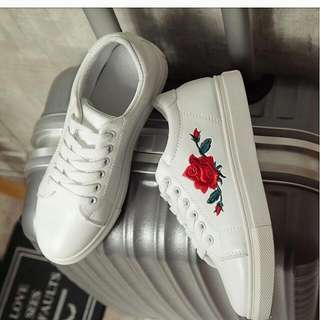 [INCLUDE POSTAGE]Rose Embroidery Printed Shoe Sneaker 🌷🌹