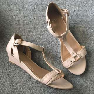 Novo Beige Sandals small wedge