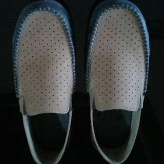 Sepatu Modello Coklat