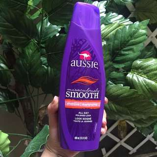 Aussie Shampoo (Miraculously Smooth)
