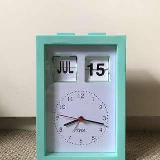 Typo Alarm Clock w Date