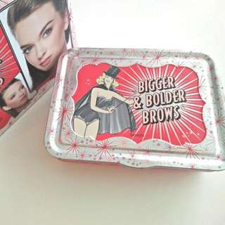 BENEFIT COSMESTIC Bigger & Bolder Kit