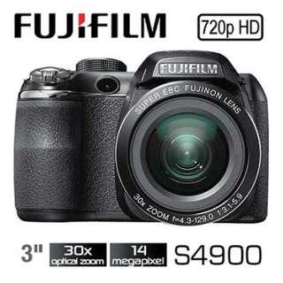Fujifilm S4900 digital camera