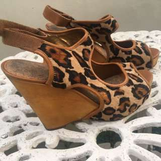 SALE‼️Sam Edelman Leopard Wedge
