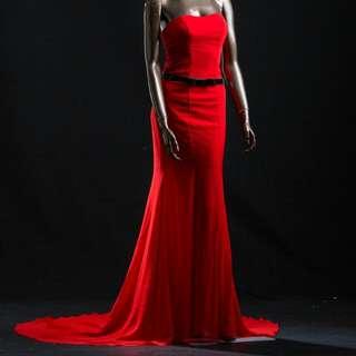 紅色魚尾晚禮服
