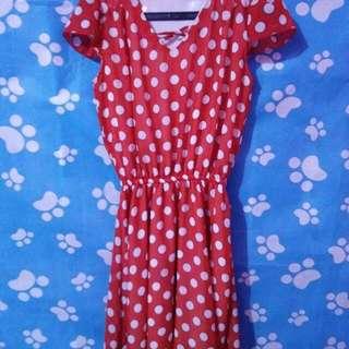 Dress Polkadot Merah