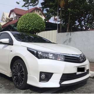 2015 Toyota Corolla Altis 2.0V - Pearl White (Top of the Line)