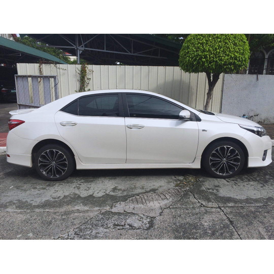 toyota corolla 2017 white. 2015 Toyota Corolla Altis 2.0V - Pearl White (Top Of The Line), Cars, Cars For Sale On Carousell 2017