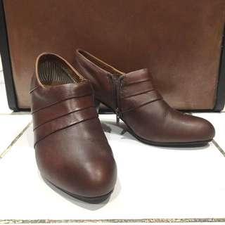Booties Heels Kulit 7cm