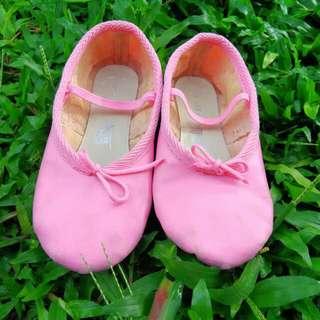Ballet Shoes 16.5cm. Ballerina shoes