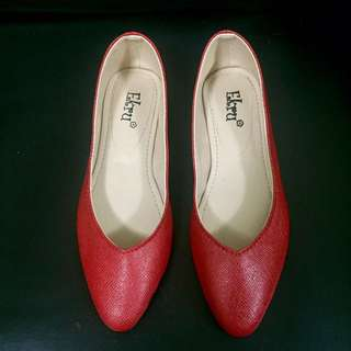 Pointed Vcut Flat shoes (red)