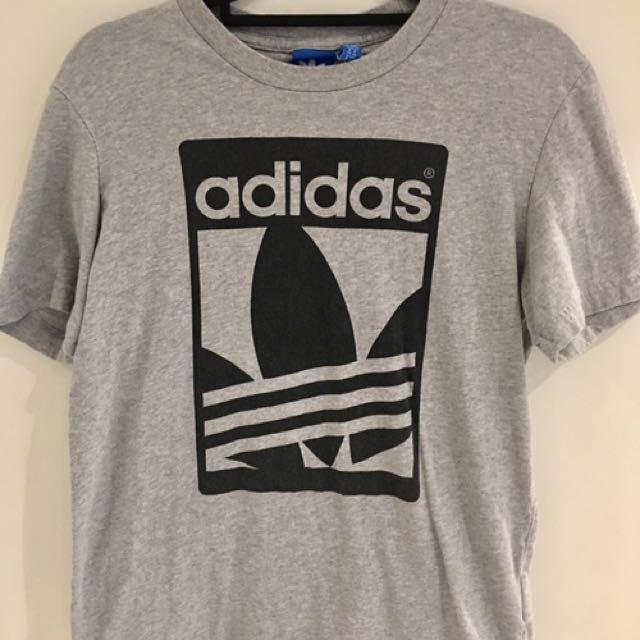 ADIDAS Size XS Men's Graphic 3 Stripes Tee