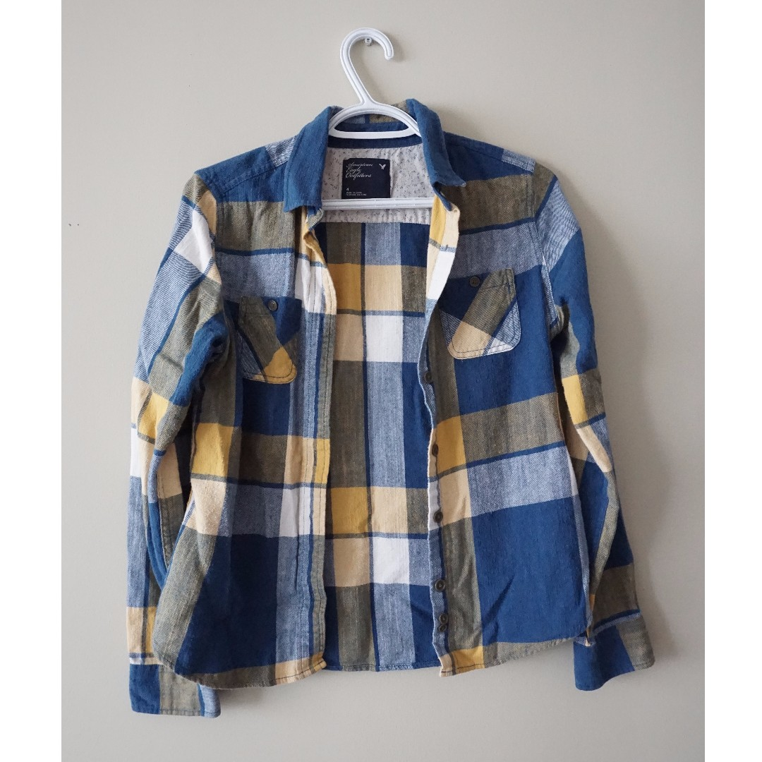 AMERICAN EAGLE Blue and Yellow Flannel