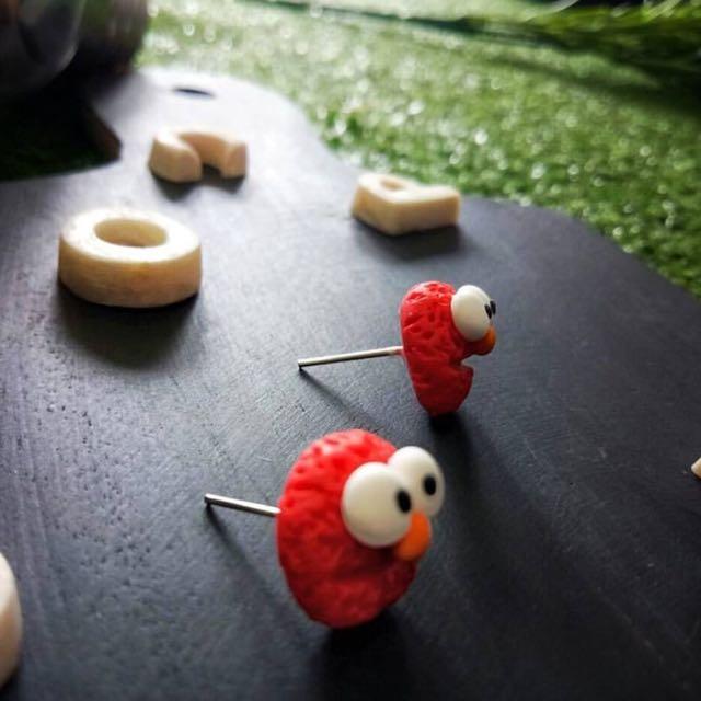 Anting Clay Elmo