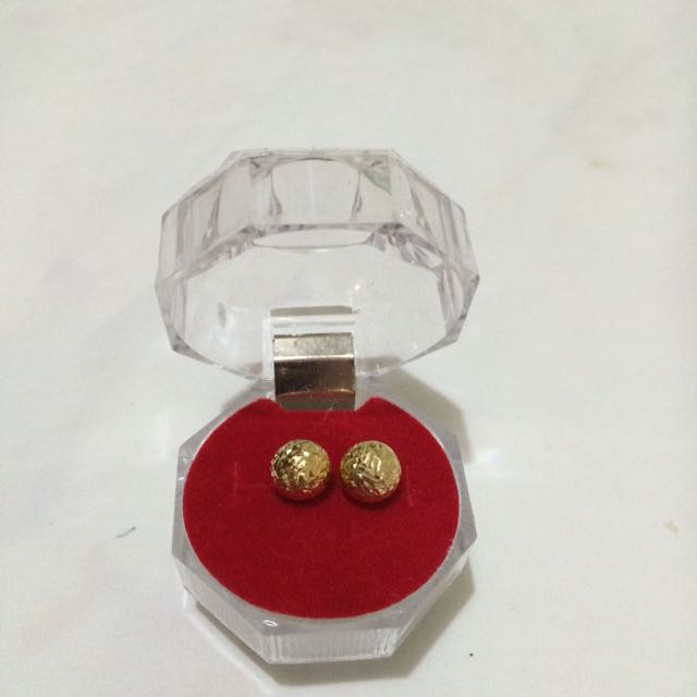 Ball Stud Earings Perfect For Daily Wear