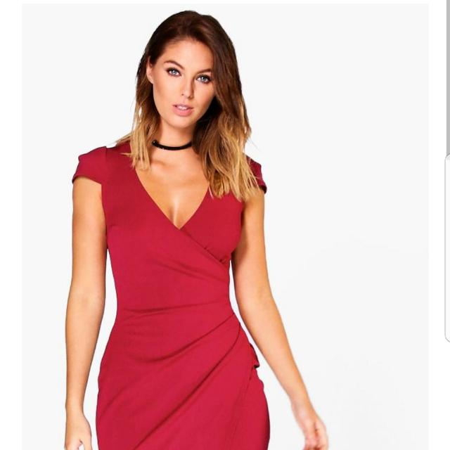 Boohoo Dress Red