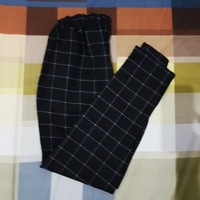 Celana Kotak Panjang - Black Square pants