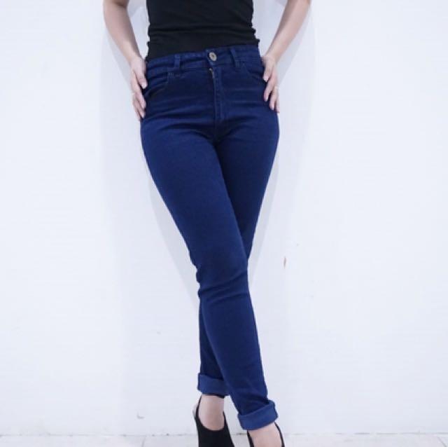 Celana panjang jeans basic merk Ms Hotty (ori bangkok)