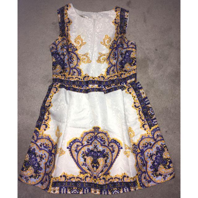 Beautiful Dress Size M